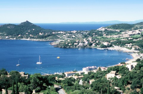 Why travel to the south of france the social newspaper for Travel south of france